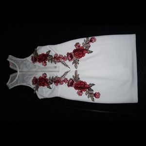 Dresses & Skirts - Rose patterned white party dress